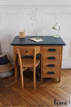 Bureau De Comptable Vintage Et Sa Chaise Meuble Vintage