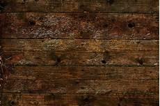 Holz Und Holzm 246 Bel Im Garten Sonne Regen Und Schimmel