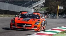 de course de voiture fond d 233 cran voitures de course v 233 hicule mercedes voiture de sport voitures de rallye