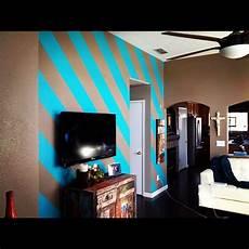 wohnzimmer streichen ideen streifen painted diagonal stripes on my living room wall they were