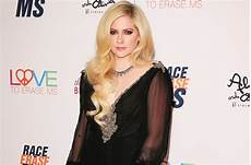 Avril Lavigne Promises New Album Will Be Out This Year