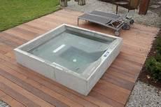 Beton Whirlpool Design Beispiel Dade Design Ag Sauna