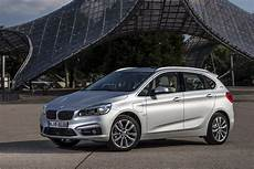 bmw 225xe active tourer phev unveiled capable of 49 98 km l