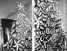 Fensterbilder Weihnachten Vorlagen Zum Ausdrucken Kreidestift Diy Opulente Weihnachtliche Fensterdeko Mit Kreidemarker