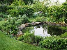 11 Ideas From The Best Garden Ponds I Ve Seen The Middle