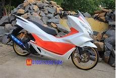 Pcx Modifikasi 2018 by Modifikasi Pcx 2017 Lung Bersolek Thailook Kece