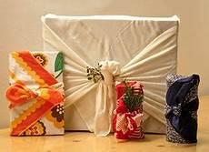 Le Furoshiki L Emballage Cadeau Original Chic Et Z 233 Ro