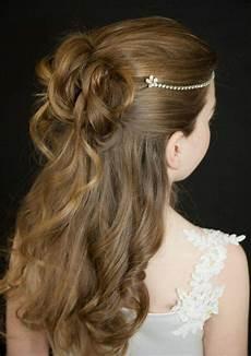 coiffure fille mariage coiffure fille mariage 30 superbes id 233 es pour les