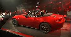 electric power steering 1995 mazda mx 5 auto manual no turbo and electric steering for 2016 mazda miata mx 5 preview the fast lane car