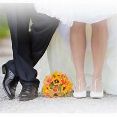 Registering For Wedding Gifts Etiquette barefoot sandals wedding day wedding gift wedding