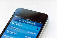 mobile bankinh bank marketing strategy banks not meeting mobile banking