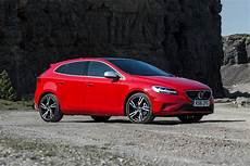 New Volvo V40 T2 122 Momentum 5dr Petrol Hatchback For