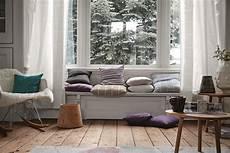 Gem 252 Tliche Sitzbank Am Fenster Dielenboden Kissen