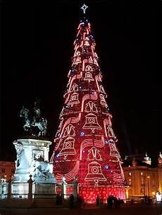 weihnachten in portugal lisbon tree