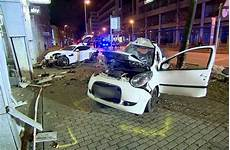 Jaguar Raser Stuttgart - gerichtsverfahren in stuttgart mordanklage gegen jaguar