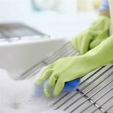 backofen reinigen mit backpulver backofen reinigen oder wie der backofen wieder sauber wird