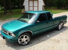 how to learn all about cars 1995 chevrolet s10 electronic throttle control superchevy69 1995 chevrolet s10 regular cab specs photos modification info at cardomain