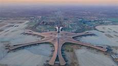 pekings neuer flughafen was berlin den chinesen