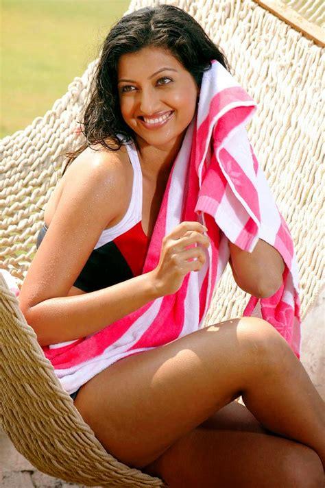 Indian Sexy Girl Wallpaper