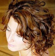 short hairstyles for curly hair 2014