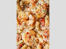 cream and seafood sauce_image