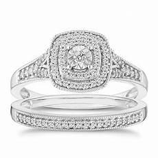 diamond engagement rings gold platinum ernest jones