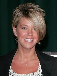 kate gosselin layered short side part haircut with bangs styles weekly