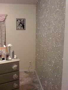 wand gold streichen gold glitter bedroom gold glitter wall paint