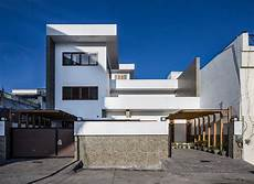 manuj agarwal architects a 3400sqft house with courtyards in rishikesh uttarakhand