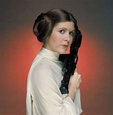 carrie fisher wars carrie fisher obituary remembering wars iconic