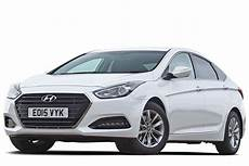 Hyundai I40 Saloon Review Carbuyer