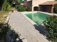 carrelage piscine imitation bois carrelage terrasse piscine imitation bois mailleraye fr
