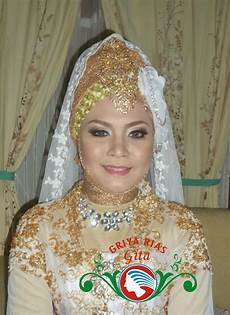 Modifikasi Jilbab Pengantin Untuk Akad Nikah Gita Salon