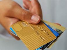 choisir sa carte bancaire pour voyager we are not hippies