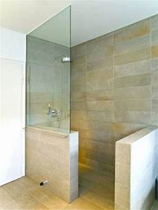Einbau Dusche Mit Boiler - elegante auswahl dusche vor fenster im badezimmer einbauen