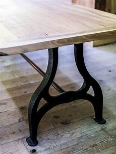 table industrielle plateau chene pied fonte