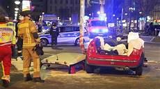 Auto Abmelden Berlin - schwerer unfall am hermannplatz in neuk 246 lln berliner