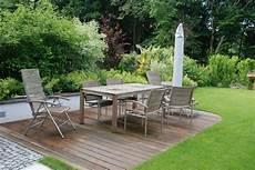 Gartengestaltung Mit Holz - holz im garten der service g 228 rtner gartengestaltung