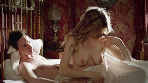 Vanessa Kirby Topless