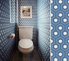 papier peint toilettes quel papier peint pour des toilettes au fil des