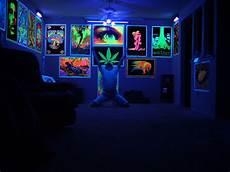 blacklight room rick dierks