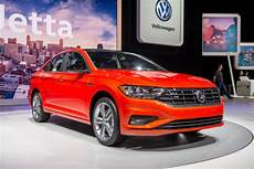 2019 vw hybrid how 2019 volkswagen jetta inched up its epa fuel economy