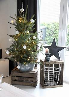 25 cool small tree decor ideas digsdigs