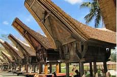 Rumah Adat Sulawesi Selatan Ciri Khasnya Gambar Lengkap