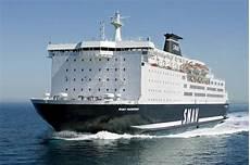 pozzuoli ischia porto traghetti guida traghetti sardegna i collegamenti in partenza da