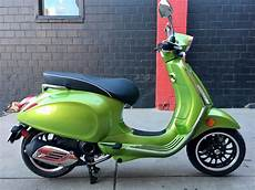 new 2019 vespa sprint 50 4t 4 scooter in denver 19v37