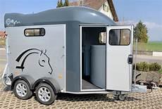 cheval libert 233 pferdeanh 228 nger aklavik ch