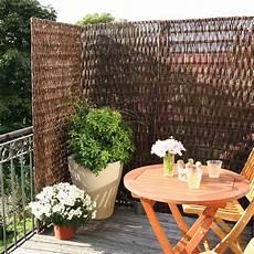 natürlicher sichtschutz balkon balkontrennwand weide toulouse naturbelassen