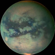 of titan s surface in the infrared cassini huygens
