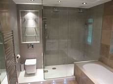 Duschabtrennung Badewanne Glas - bath shower screens made to measure bespoke bath